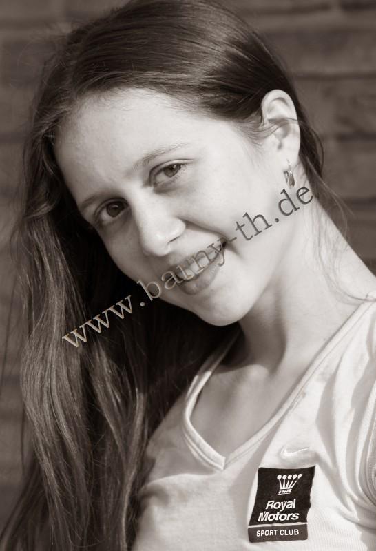 Silvia Miteva - Page 3 MOL_0333