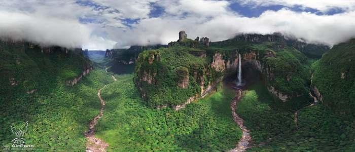 Mesta na Zemlji sa vanzemaljskim izgledom - Page 3 Angel-falls-Andjeoski-vodopad-Venezuela-highest-panorama