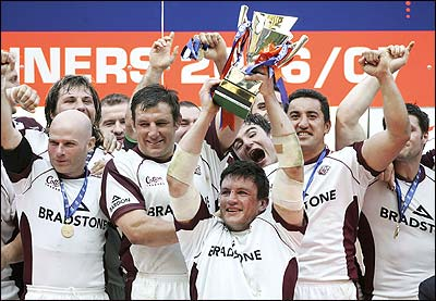 Vos plus belle photos de rugby - Page 3 Tigers_ospreys_edffinal_01_400x277