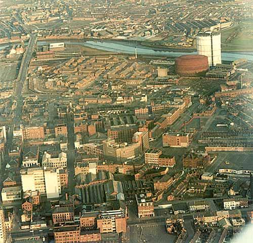 Minievento 17. Bombas e independencia Belfast-aerial1