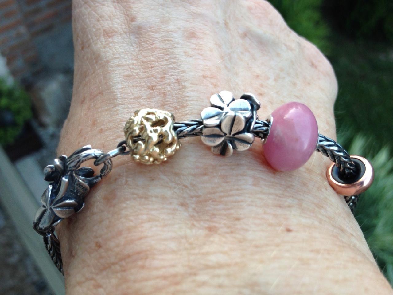 Show Your 40th Clover Bracelets - Page 2 Freund10
