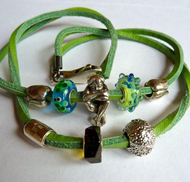 My birthday presents with a wonderful new bracelet Geb0410