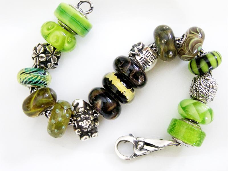 An early start to my St. Patrick's Day bracelet Ohm-am10