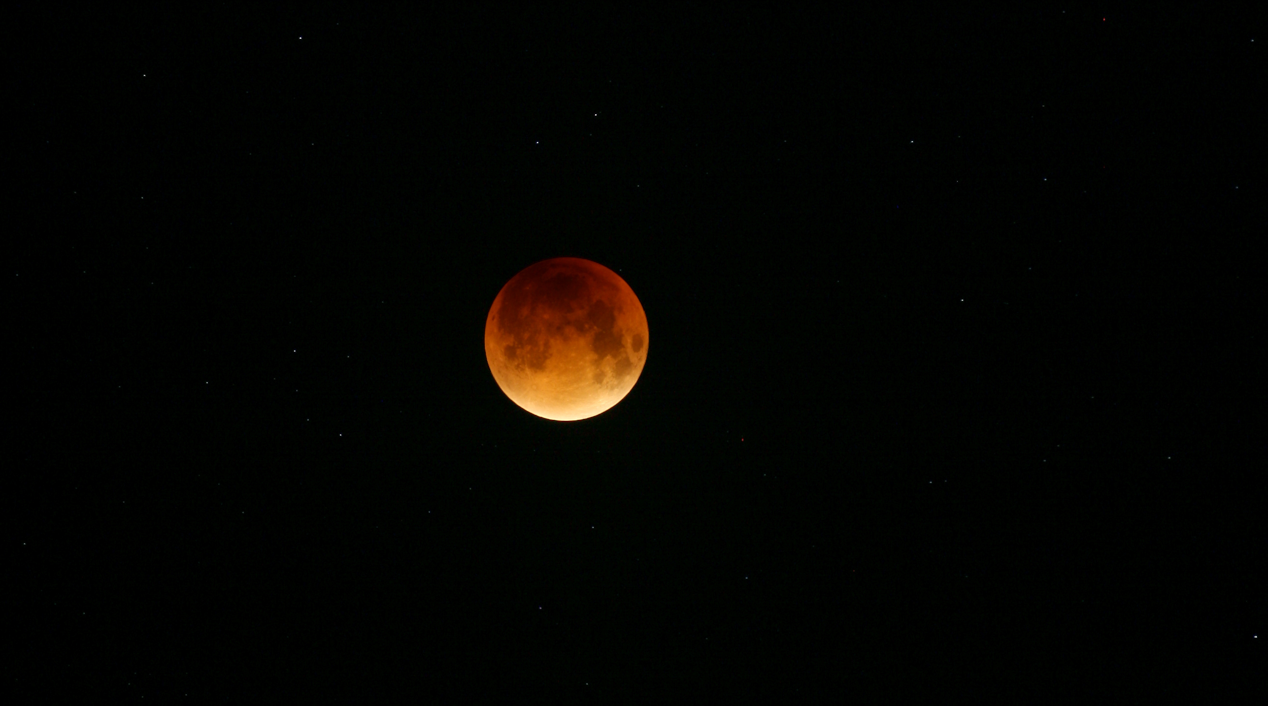 Photo eclipse de lune 2015 THDG_Full_Moon_WithStars_28092015