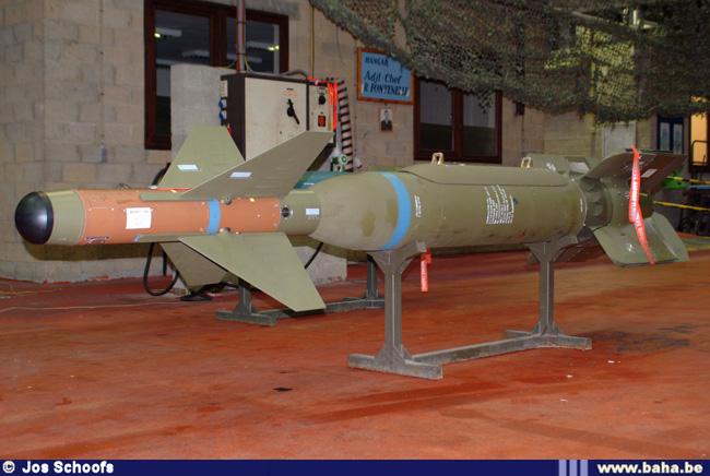 موضوع شامل عن الجيش الهولندي GBU-24_A