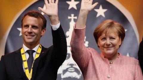 Traité  d'AIX La Chapelle Traite_franco-allemand_d_Aix-La-Chapelle-5c527