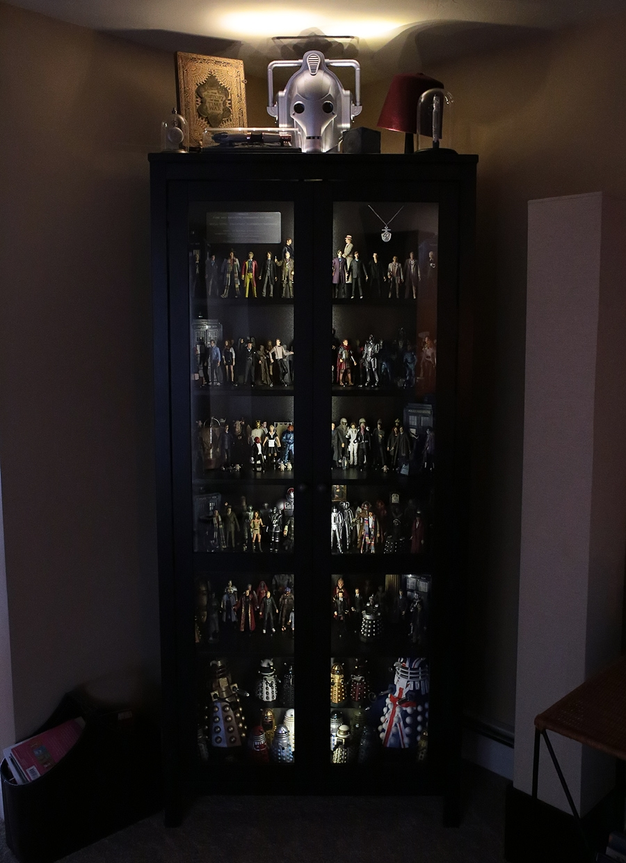 Show off your figure collections!!! - Page 19 Whocabinetclosed