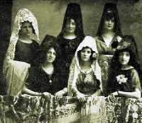 La mantilla española - Página 5 Manolas_1921_pq