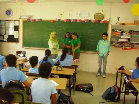 يوم العلوم في مدرسة اكسال الابتدائية أ Iksal3