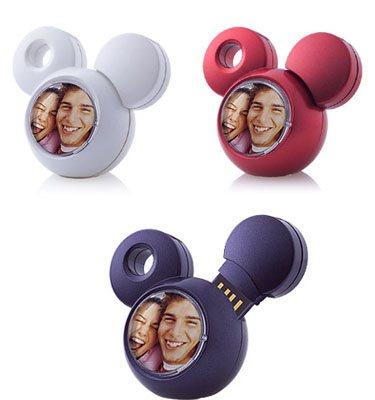 [Informatique] Les produits dérivés Disney Adata-t703
