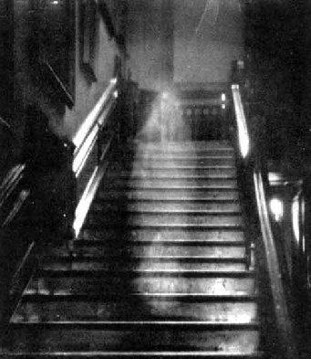 1 Chuyện MA Ghost9