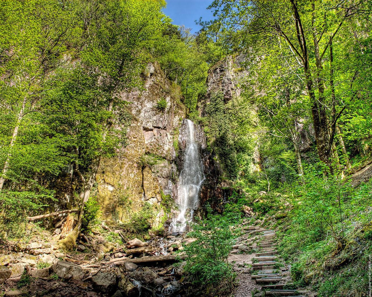 Vacances Cascade-nideck-alsace-2