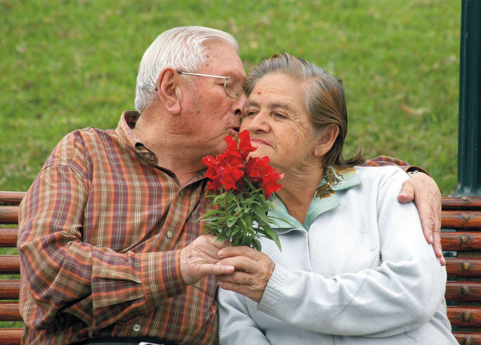HOY 1 DE OCTBRE, DIA INTERNACIONAL DE LAS PERSONAS DE EDAD. Ayer-se-celebro-el-dia-internacional-de-las-personas-mayores