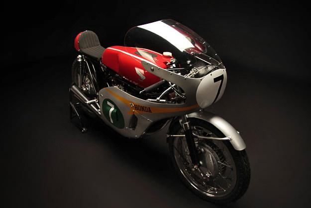 Honda RC 166 Honda_rc166