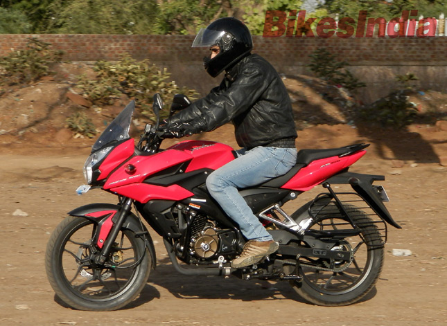 Test Bajaj AS 150 Pulsar-as150-ride