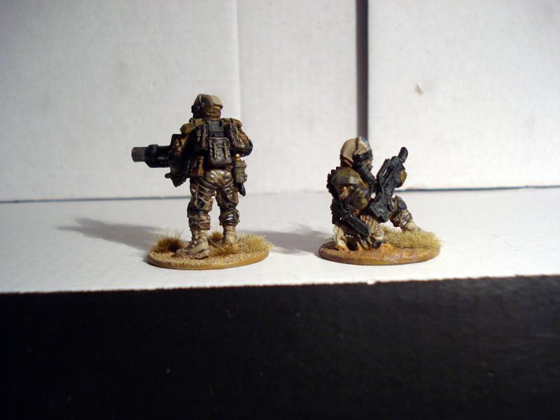 Levavot Barzel - yordim ke'geshem! Fallschirmjäger from Outerspace Jykm-5p-3644