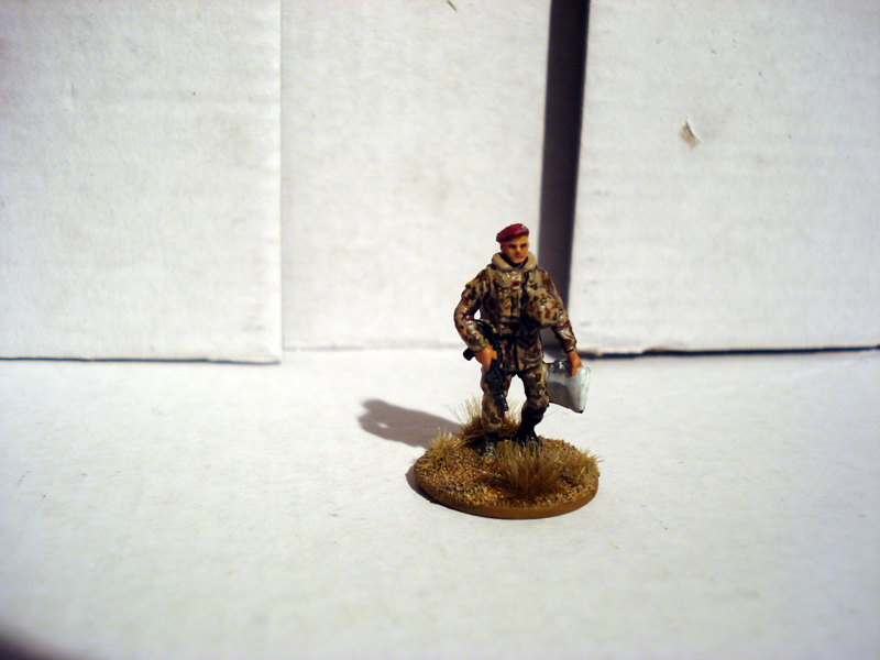 Force on Force - Deutscher Fallschirmjäger-Testminiatur Jykm-66-45fb
