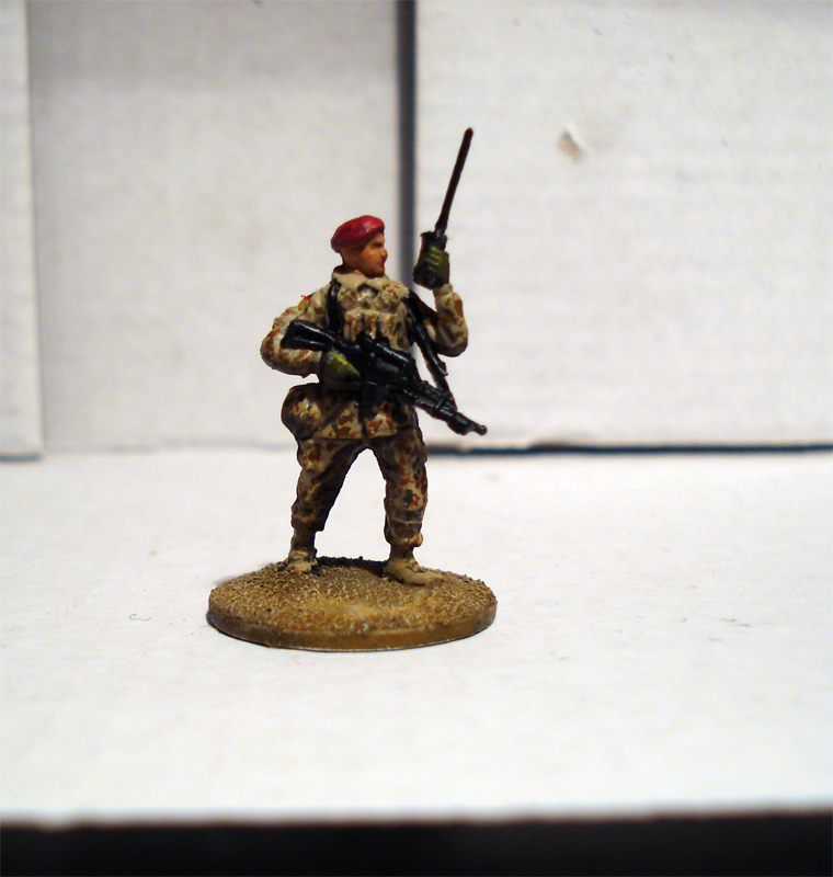 Force on Force - Deutscher Fallschirmjäger-Testminiatur Jykm-6b-060a