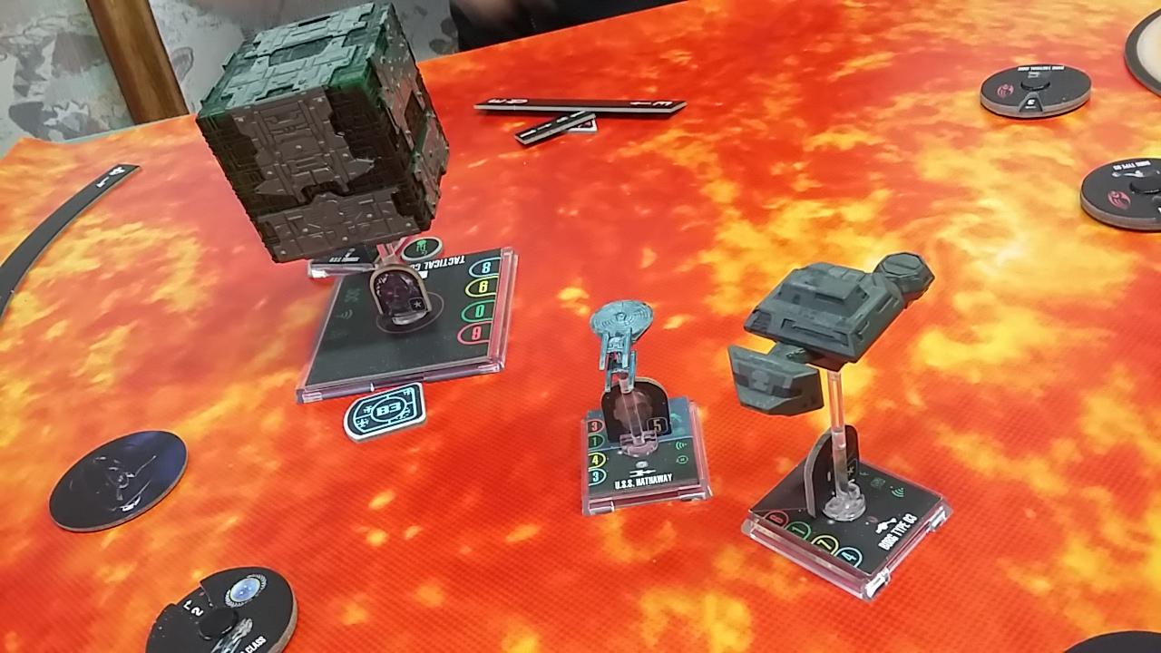 Unerwartetes Zusammentreffen bei Beta Ciricini (Föderation VS Borg, 100 SP)  Lw0r-gj-ee22