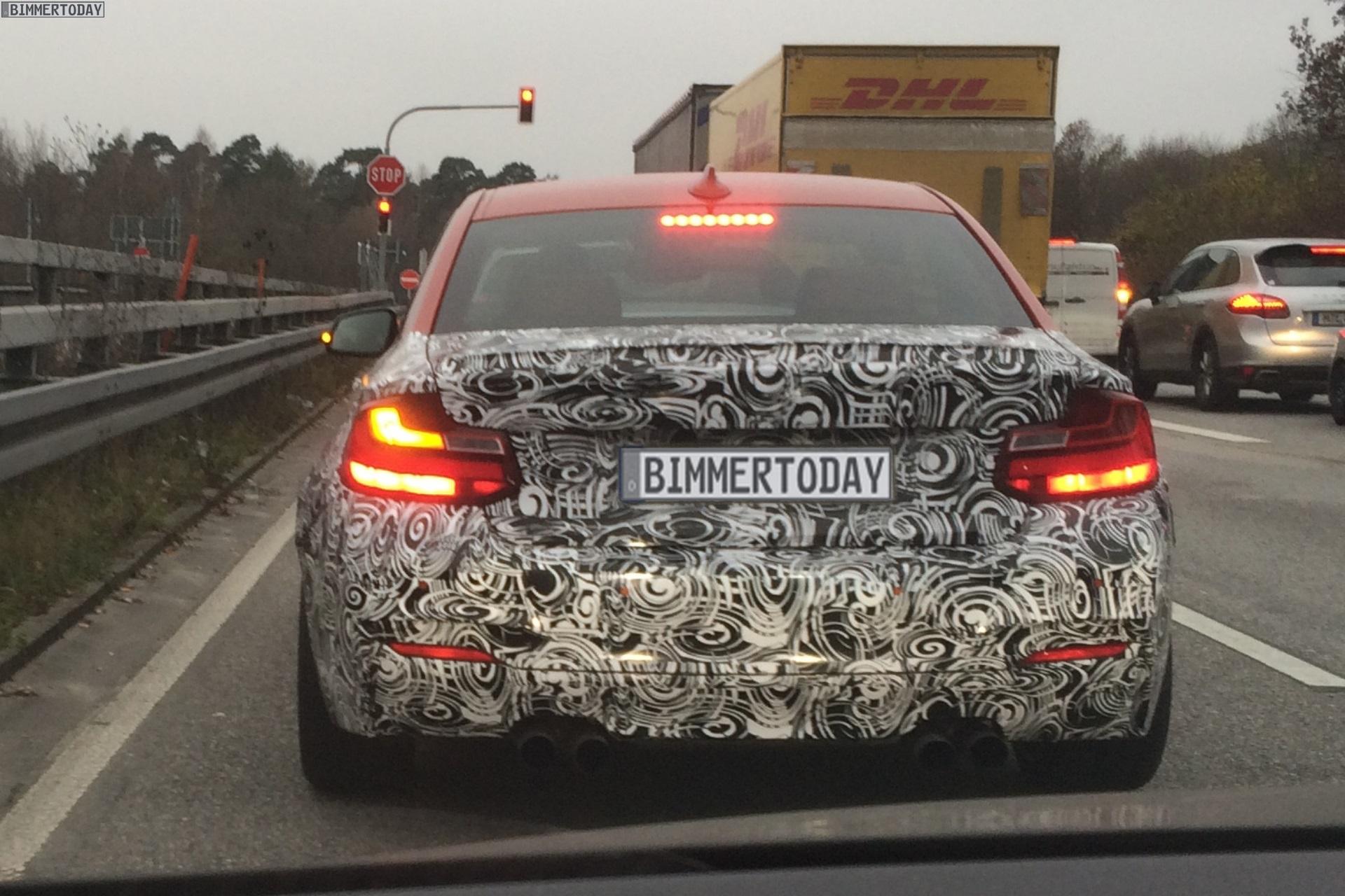 2016 - [BMW] M2 [F87] - Page 4 2016-BMW-M2-F87-Erlkoenig-Kompaktsportler-01