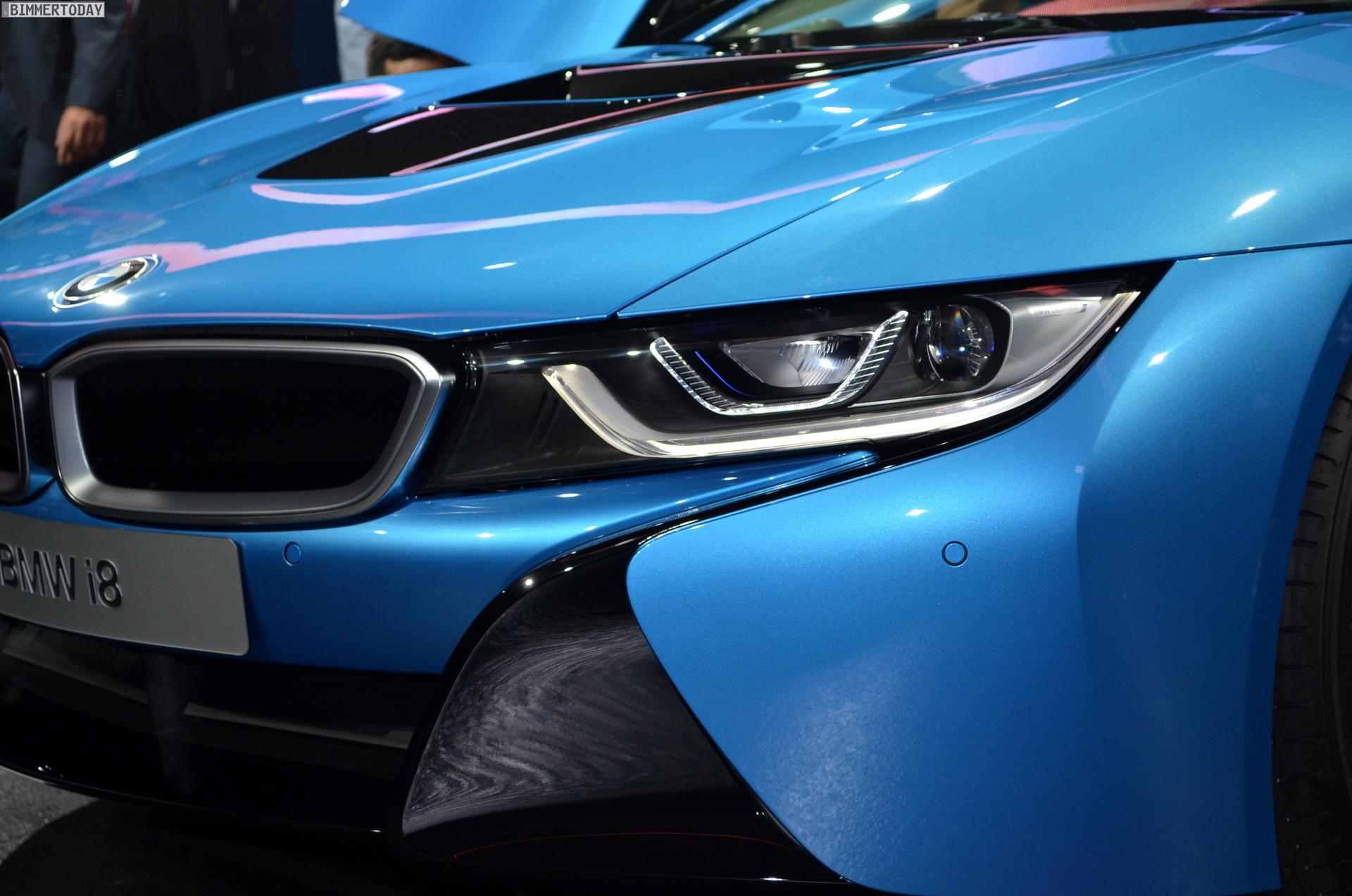 2013 - [BMW] i8 [i12] - Page 13 BMW-i8-Hybrid-eDrive-Weltpremiere-Protonic-Blue-IAA-2013-LIVE-03