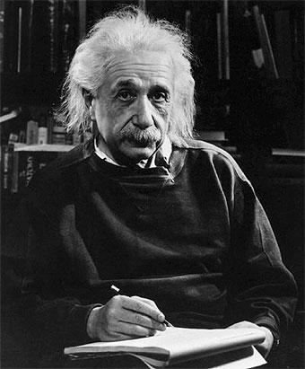 Hola soy una Sirenita que viene a Matar - Página 2 Einstein_1947
