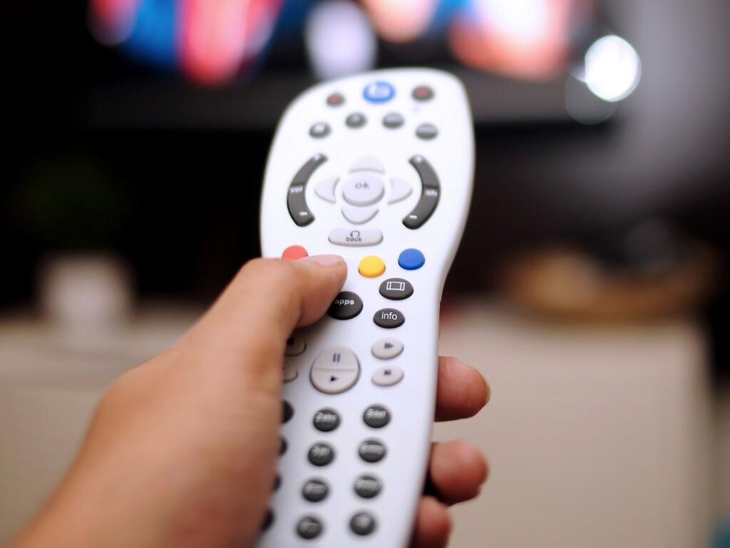 Operadoras vão pedir fim de obrigatoriedade de três canais em line-up Tv-paga