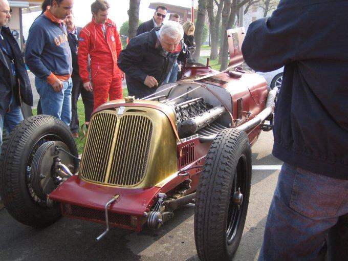 Maserati V4: 16 piccoli guerrieri per battere Mefisto 06040201