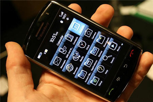 بلاك بيري روعه Blackberry-storm-touch-screen