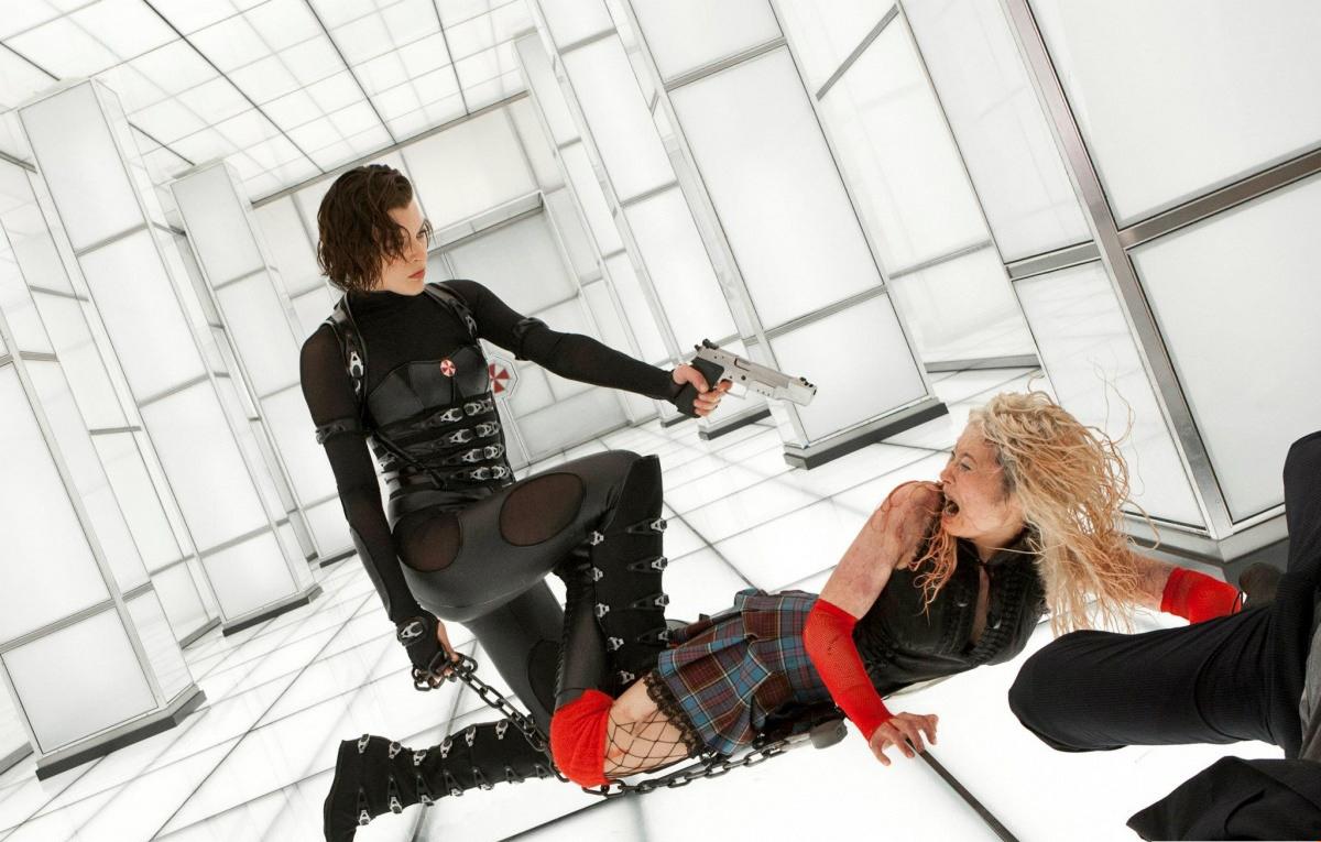 l'aggressività - Pagina 6 Resident-Evil-Retribution-5