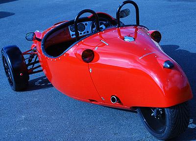 Coches de 3 ruedas Guzzizero3