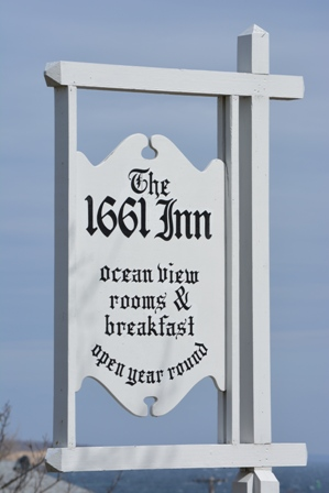 Count to 10,000 Using Pictures - Page 16 1661-Inn-Block-Island