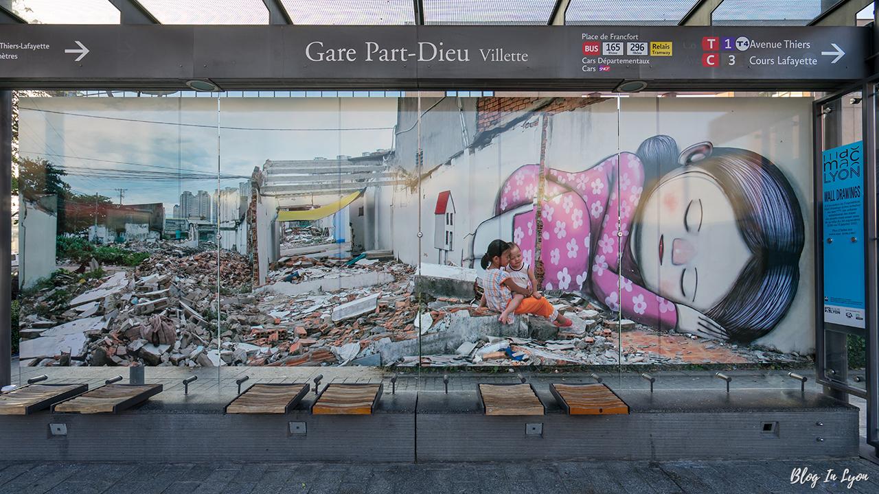 les plus beaux Street Art  01.-Balade-street-art-MAC-lyon-blog-in-lyon