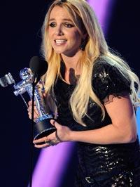 "MTV ripristina l'""MTV Michael Jackson Video Vanguard Award""  Britney-spears-200-082811"