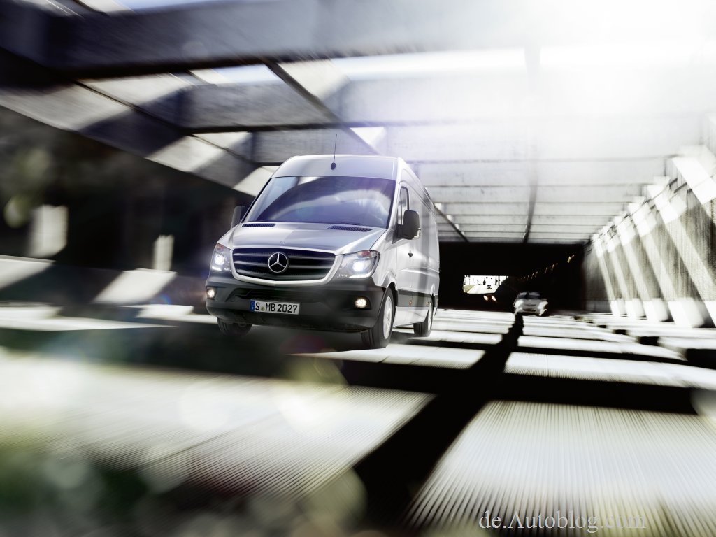 2013 - [Mercedes Benz] Sprinter  Mercedes-sprinter-001