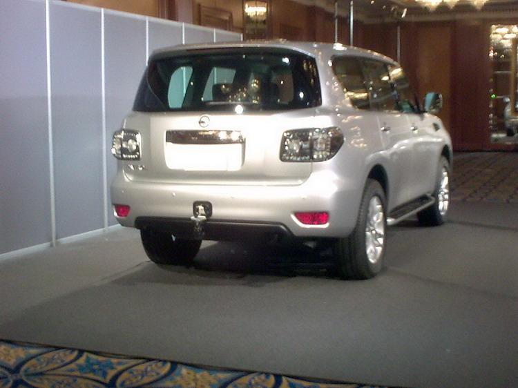 2010 - [Nissan] Patrol Nissanpatrolespia22