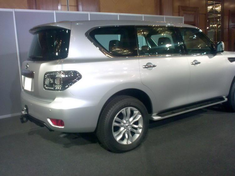 2010 - [Nissan] Patrol Nissanpatrolespia3
