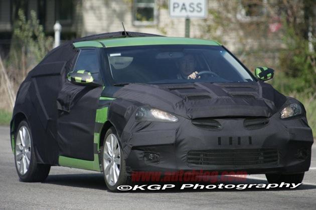 Fotos espía: Hyundai Veloster, ahora con imagen del interior Hyveloster.g1.kgp
