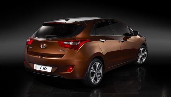 Así es el nuevo Hyundai i30 - Página 2 0000i30rear