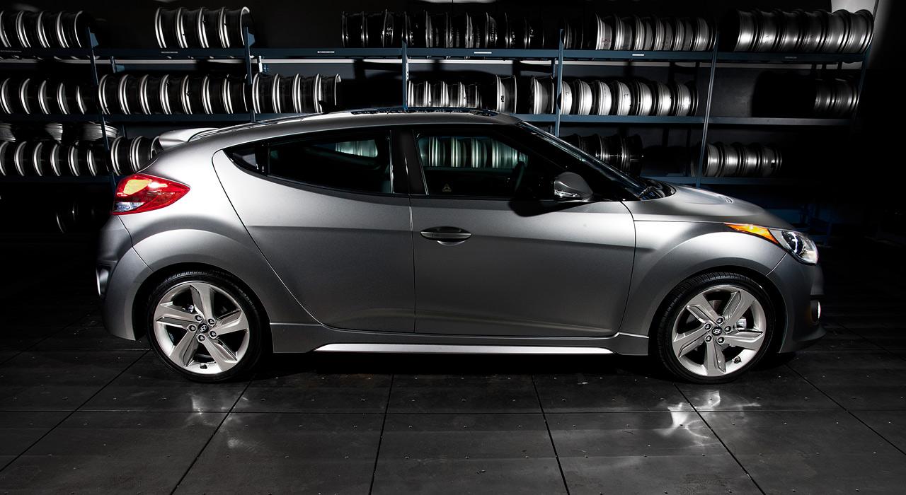 Hyundai anuncia dos nuevos motores de 150 (2.0 CRDi) y 204 CV (1.6 T-GDI) 04-2013-hyundai-veloster-turbo-1326123809