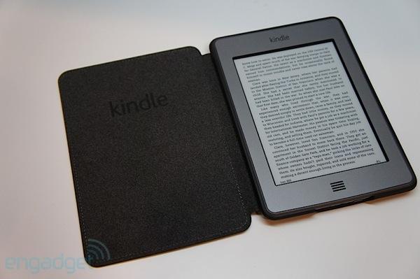 q te compraste?!!!!!!! - Página 5 Amazon-kindle-touch-review-cover
