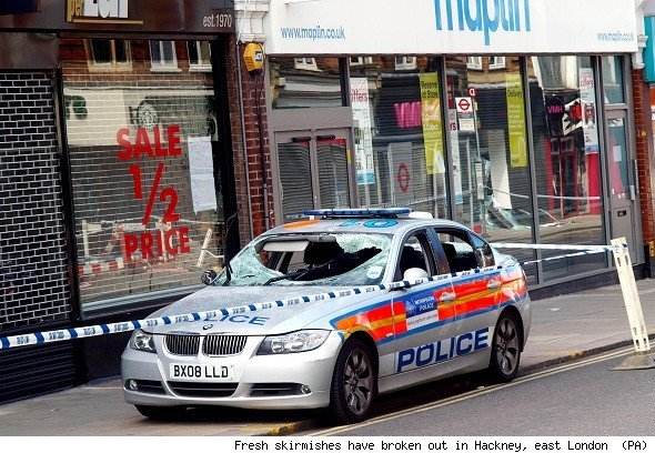 Riots in London Hackney-east-london-riots-1312823233