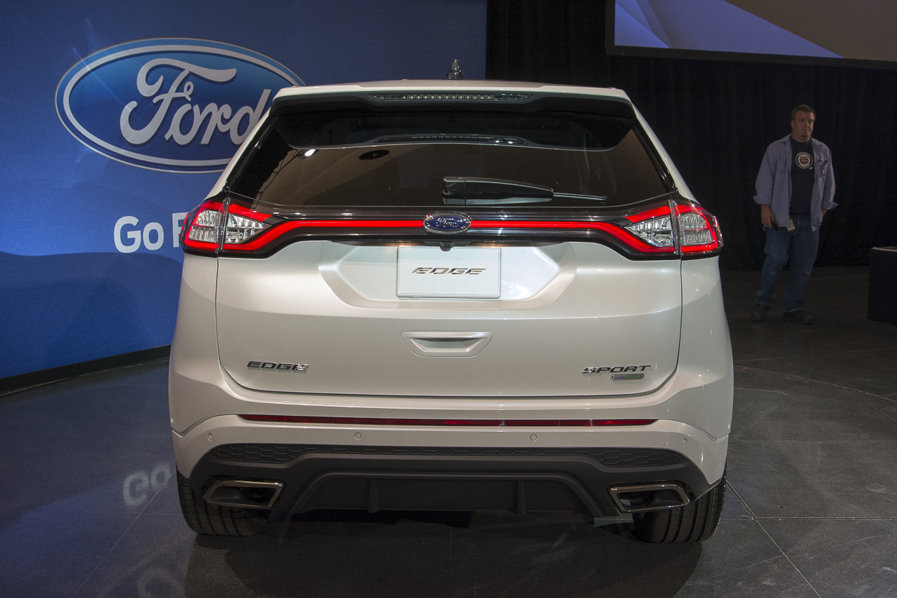 2015 - [Ford] Edge II - Page 2 2015-ford-edge-sport-17-1