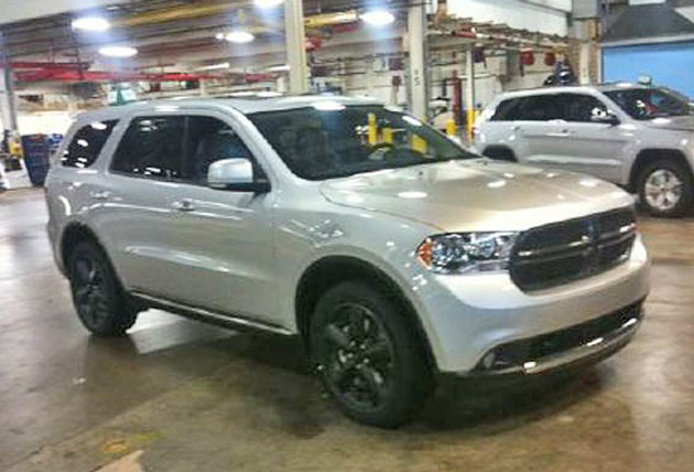 2011 - [Dodge] Durango / Magnum Hmm-did-chrysler-release-2012-dodge-magnum-photos-yetopt