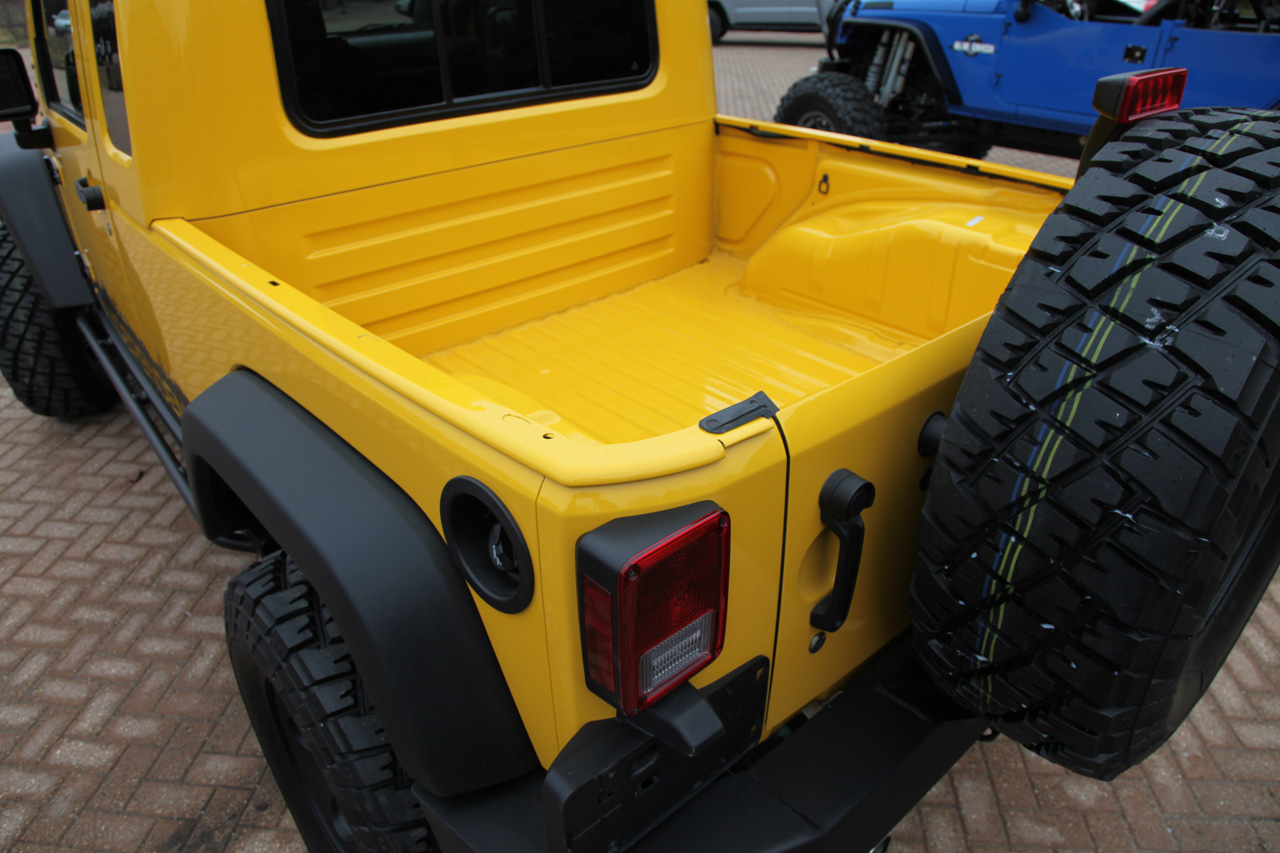 JK-8 Independence 002-jeep-wrangler-jk-8-independence-truck