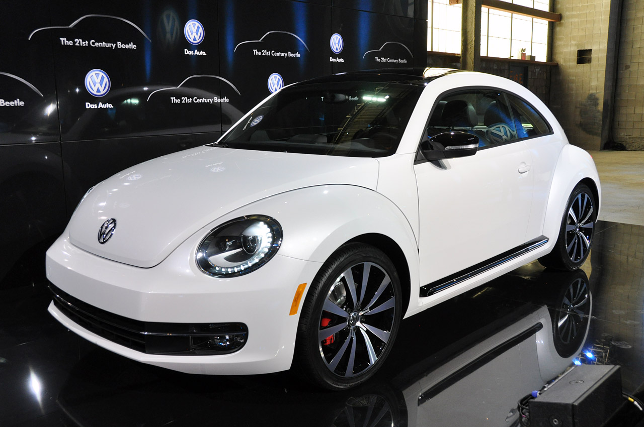 2011 - [Volkswagen] Coccinelle [VW329] - Page 12 01-2012-vw-beetle-debut