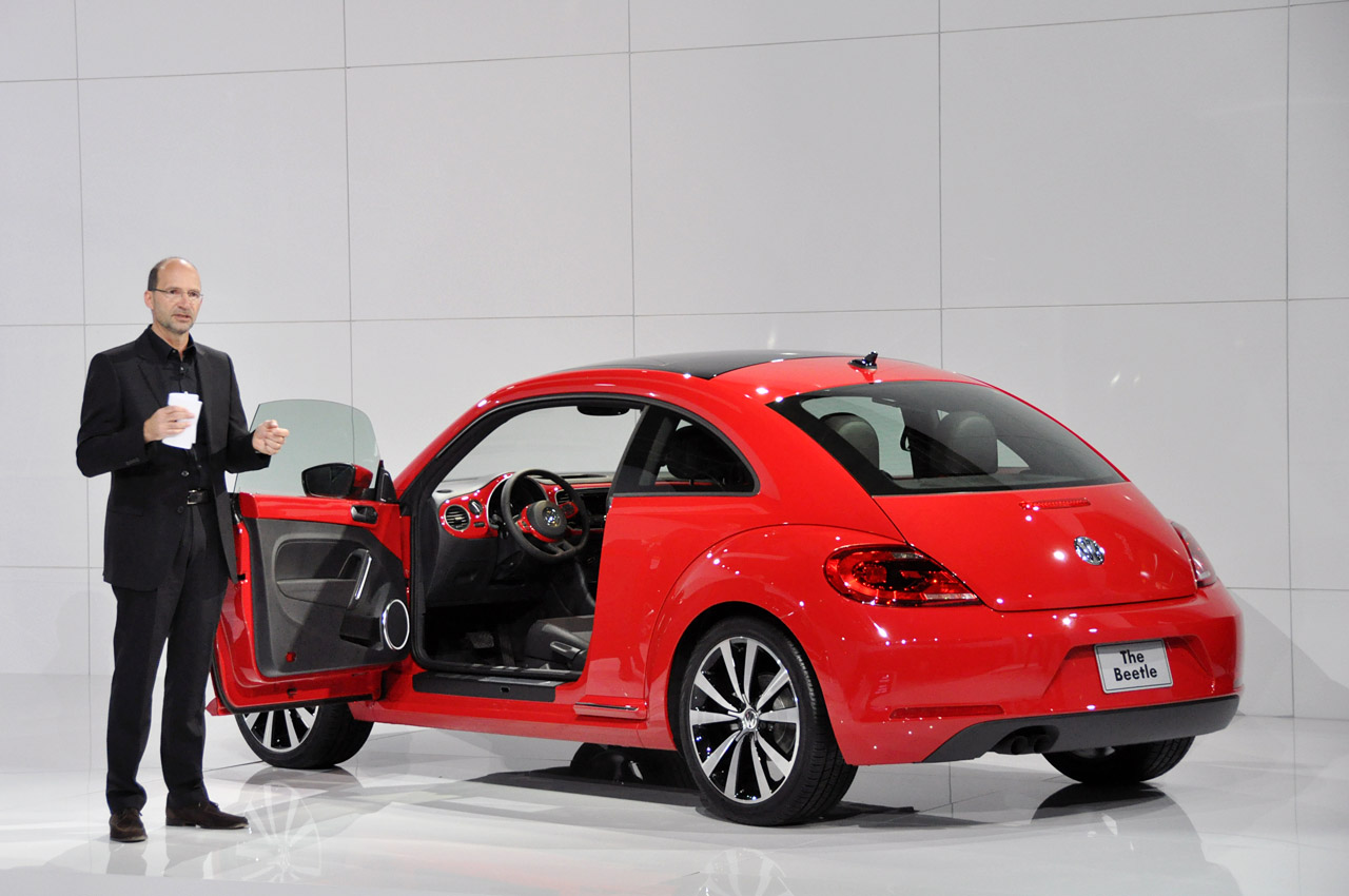 2011 - [Volkswagen] Coccinelle [VW329] - Page 12 28-2012-vw-beetle-debut