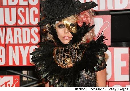 Rockeros salidos del armario... el topic de Lady Gaga - Página 2 Gaga10