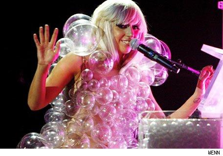 Rockeros salidos del armario... el topic de Lady Gaga - Página 2 Gaga3