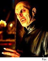 Top 10 des bigs bads Buffy_master200